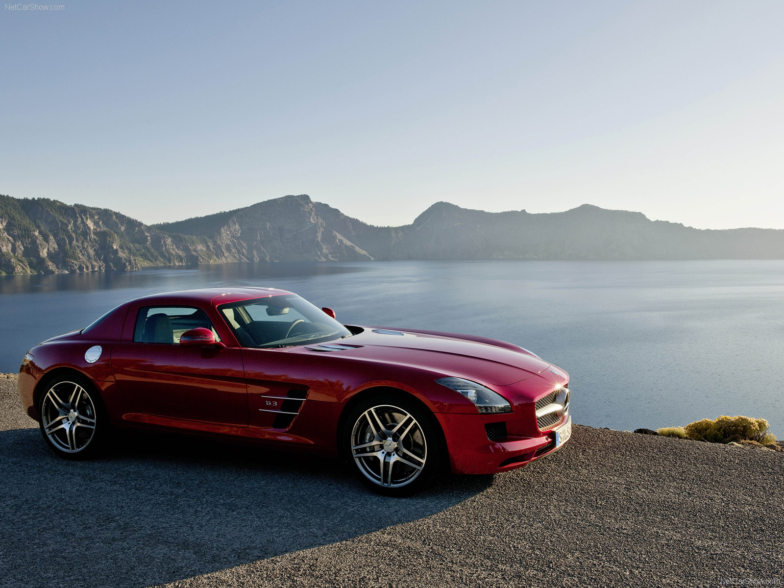 Amazing Mercedes Benz SLS AMG